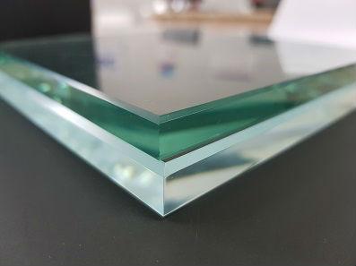 Осветленное стекло